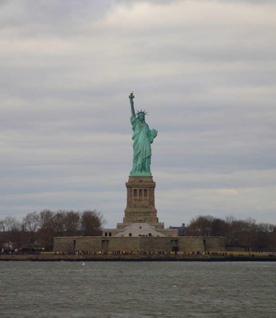 Classic image of the Statue of Liberty.